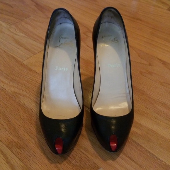 best cheap e6b60 1bed5 Pre-owned Christian Louboutin heels